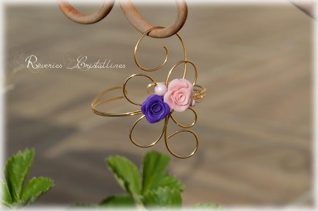 Bracelet mariage wire wrapping tout en volutes et perles