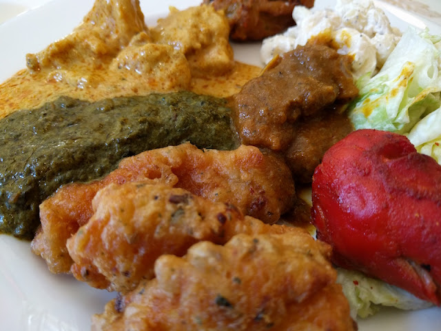 Lunch buffet at India Palace in Alameda