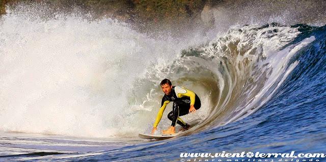 sesion mundaka octubre viento terral surf %2B(3)