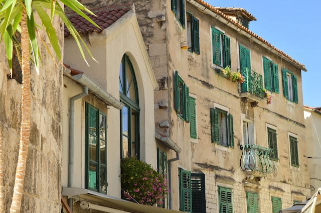 Split Old Town Buildings