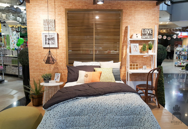 brick wall paper, bedroom set-up, styling vignette