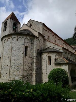 La chiesa in stile romanico di San Paragorio a Noli