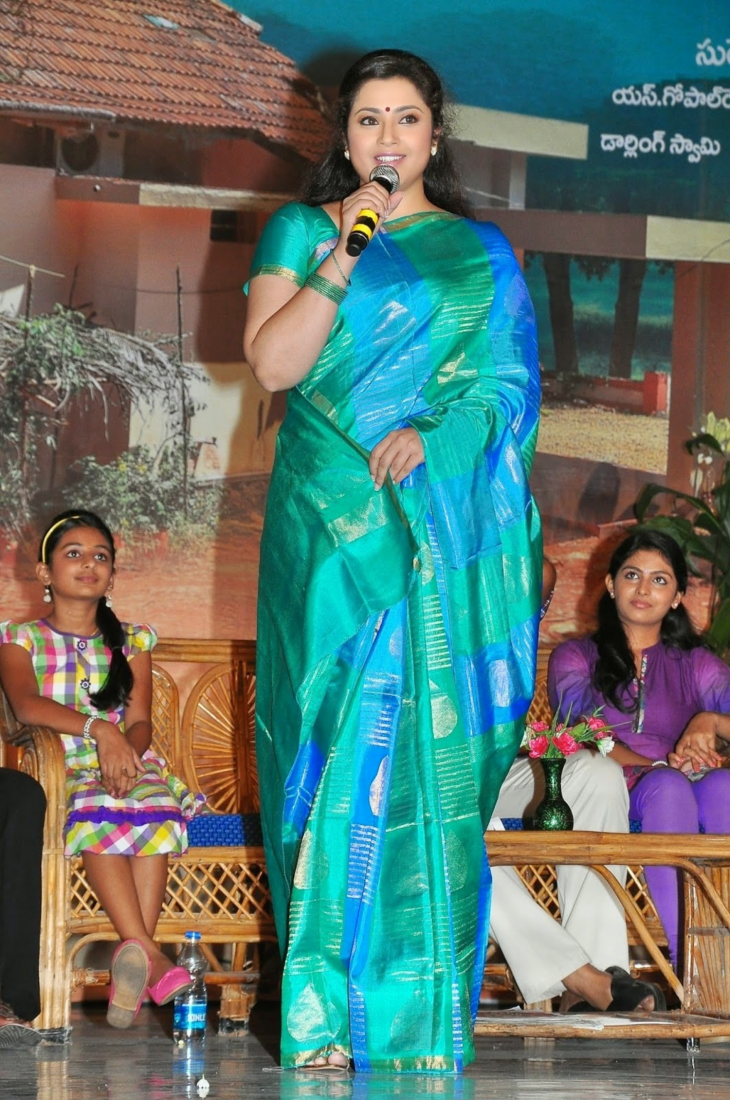 Actress Meena Latest Images In Saree