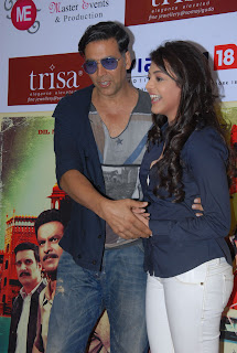Akshay Kumar and Kajal Agarwal At Special 36 Pressmeet