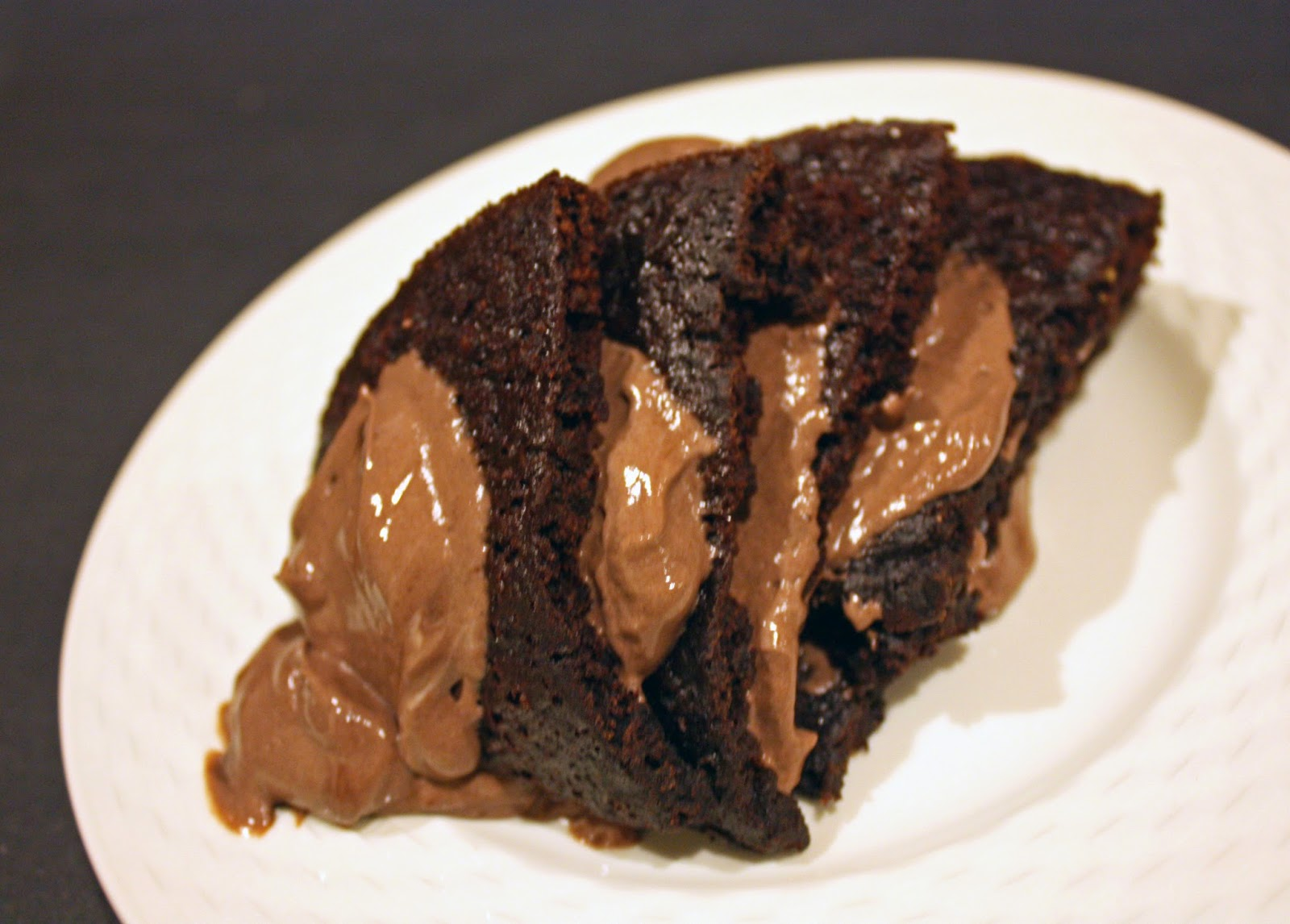 healthy sugar-free vegan chocolate layer cake for one