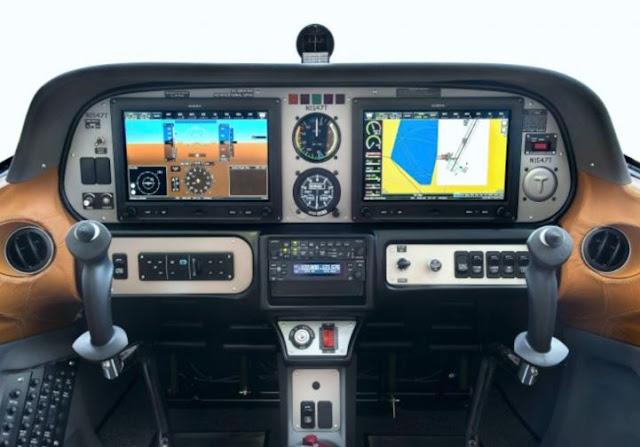 Tecnam Astore cockpit