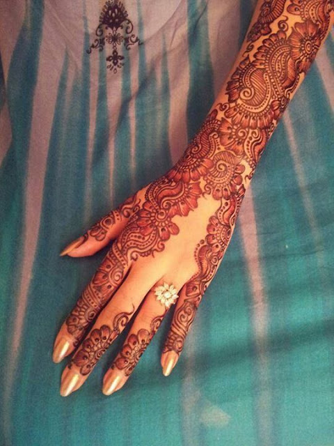 Mehandi Designs Photos Please