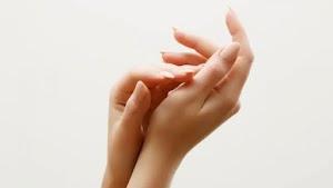 Miliki Telapak Tangan yang Lembut Dengan Melakukan 9 Cara Ini