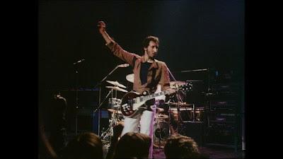 O guitarrista Pete Townshend em performance com The Who - Divulgação
