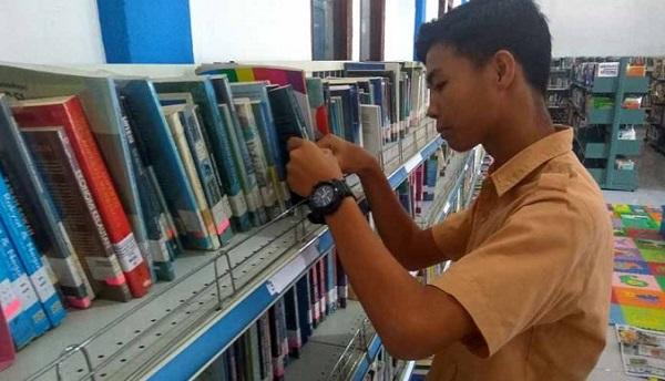 Siapa Yang Sering Mengunjungi Perpustakaan Terajin, Dapat Ini Lho!