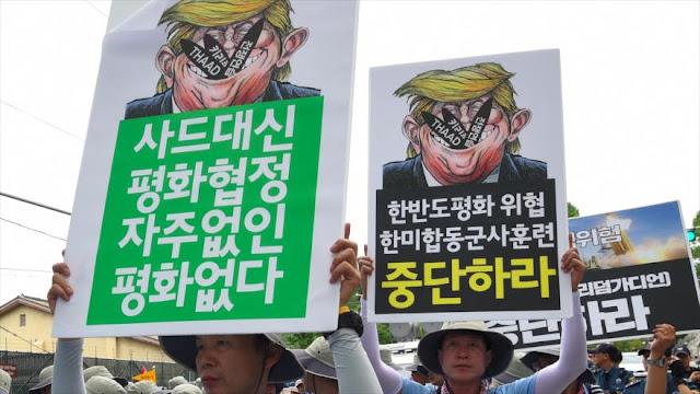 Surcoreanos en un mitin condenan política beligerante de Trump