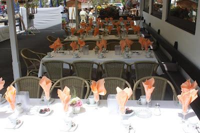 Kaffee und Kuchen Vintage-Hochzeit im Sommer im Riessersee Hotel Garmisch-Partenkirchen, Bayern - Vintage wedding in Germany, Bavaria, lake & mountains