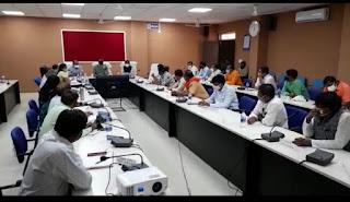 कोरोना महामारी को देखते हुवे अलीराजपुर जिले में 27 अप्रैल तक बढ़ाया गया कोरोना कर्फ्यू