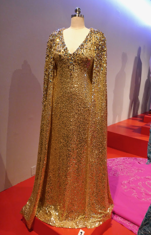 Mindy Kaling Oceans 8 Naeem Khan Met Gala gown