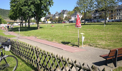 The Beton / Concrete Minigolf course in Zeltingen-Rachtig, Germany