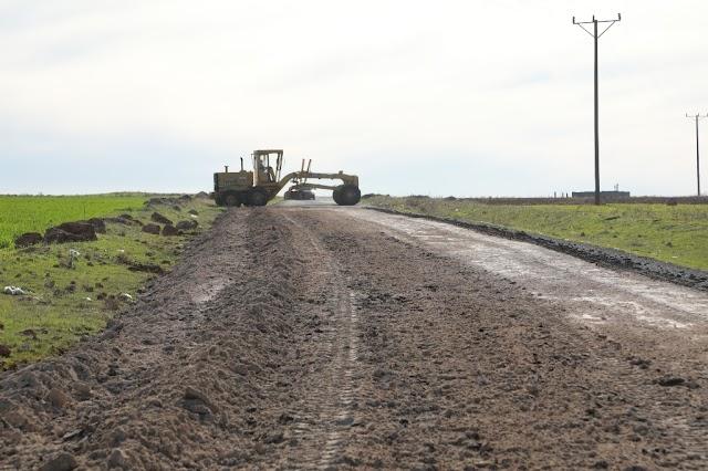 Bozova'da beton yol uygulaması başladı