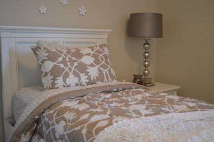 The Basics of Bedroom Furnishing and Decorating