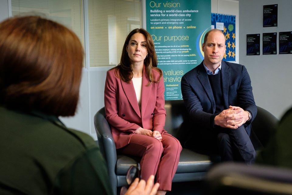 Wizyta Kate i Williama w London Ambulance Service Trust Centre + więcej