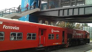 Tren Belgrano Norte en la renovada estación Ciudad Universitaria
