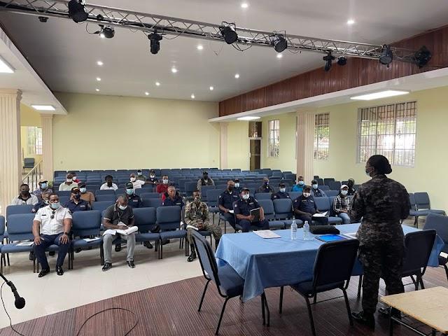 Seguridad Ciudadana en San Cristóbal: Interior y Policía inicia talleres de reforzamiento a policías municipales
