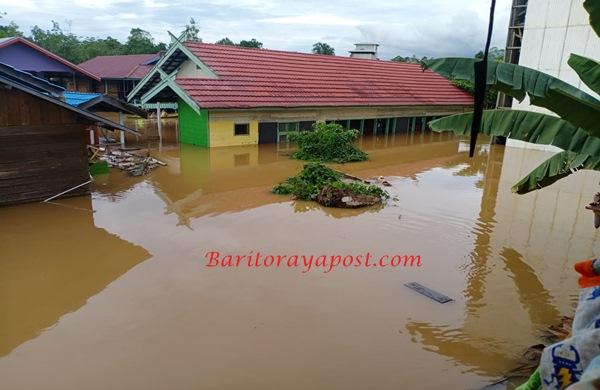 Desa Muara Maruwei II Dikepung Banjir Akibat Meluap Sungai Laung