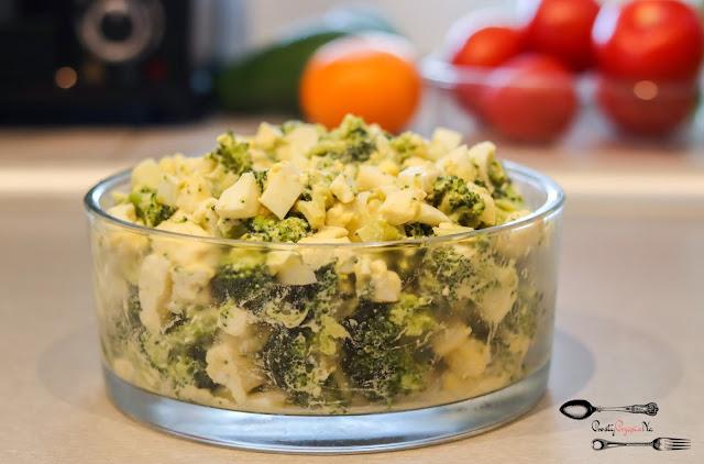 sałatki, sałatka z brokułem,sałatka z mozzarellą,sałatka z jajkiem,sałatka z sosem miodowo-musztardowym, szybka sałatka