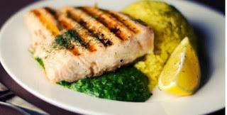 Pirão de peixe no prato