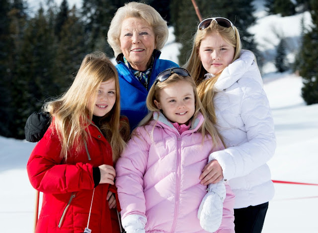 Princess Beatrix of The Netherlands, with grandchildren Princess Alexia, Princess ariane and Crown Princess Catharina Amalia of The Netherlands