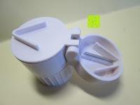 Schneider: Health Enterprises - Hochwertige Pillendose / Pillenschneider und Tablettenmörser in einem - Ideal zum aufbewahren, zerkleinern, zerteilen von Tabletten und Pillen