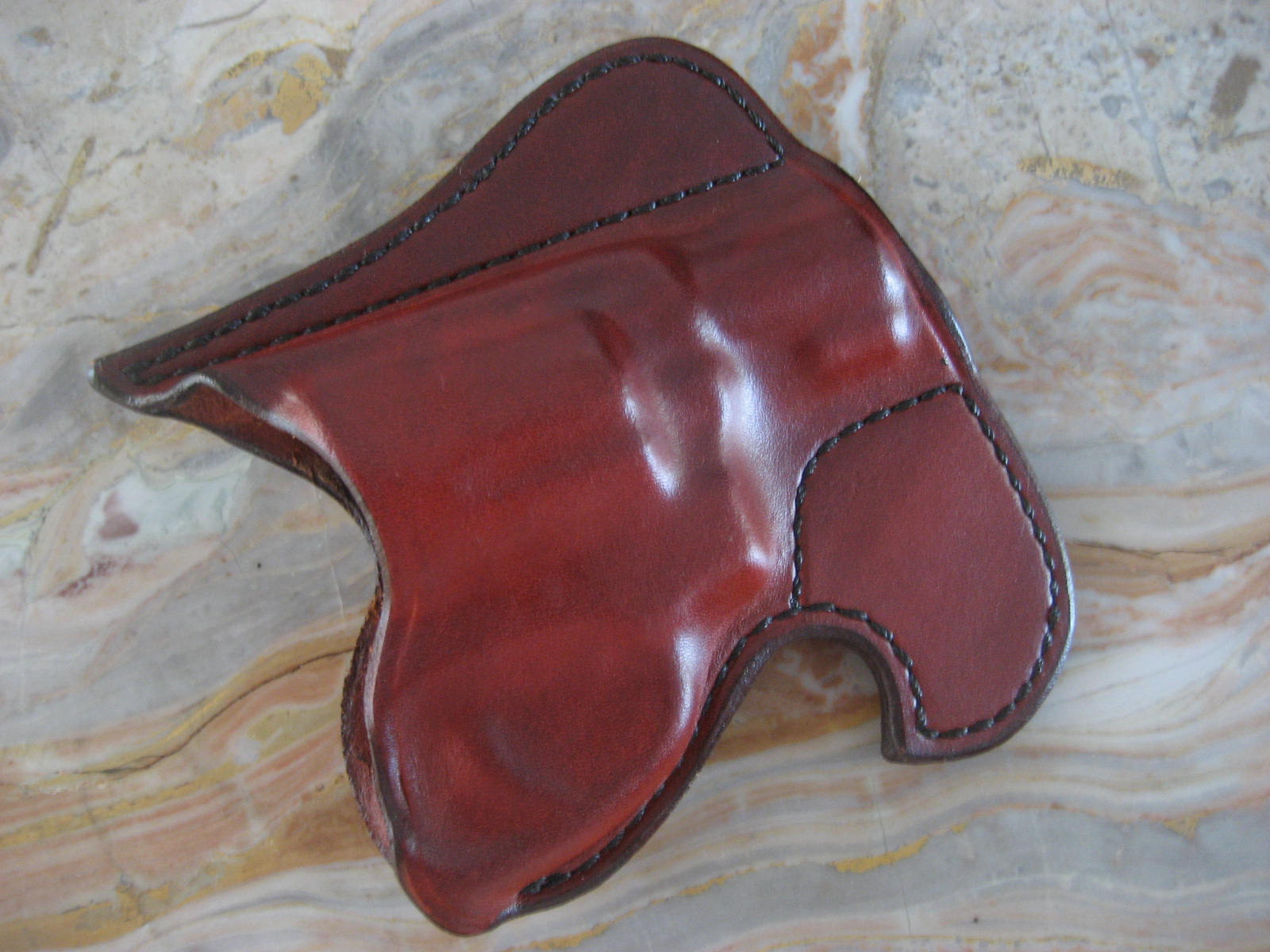 Shangrila Towers: Guns: Don Hume Front Pocket Holster review