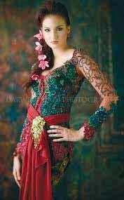 Model Kebaya Bali  Elegan