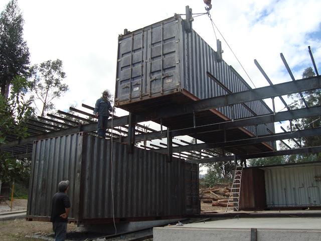 Casa RDP - Shipping Container Industrial Style House, Ecuador 39