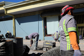 Sidewalk construction in Puriscal