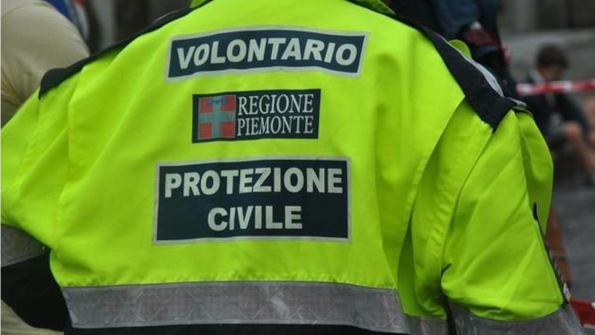 Arrivo trentatré sqaudre di volontari Protezione Civile nord Italia emergenza incendi Sicilia Catania