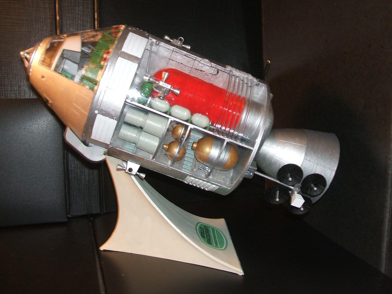 apollo spacecraft interior revell - photo #23