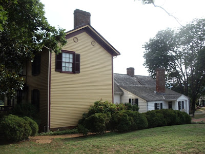 Side view of Ash-Lawn Highland showing both the original and addition to the home