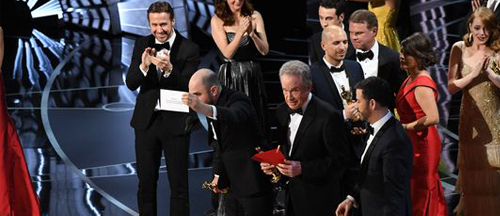 2017-oscar-winners-moonlight-la-la-land-fiasco