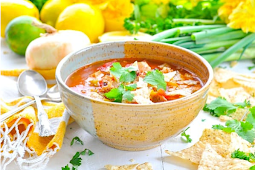 Chicken Tortilla Soup {Instant Pot, Slow Cooker or Stovetop!} #dinnerrecipe #food