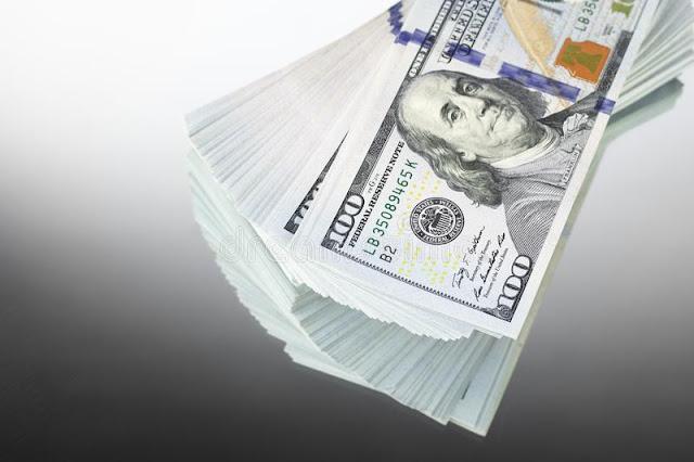 El dólar baja Perú