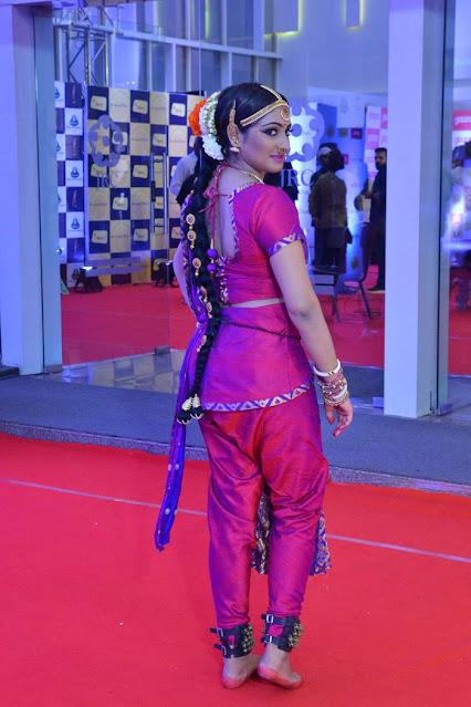 Hari Priya at Gaana Mirchi Music Awards South Photos Actress Trend