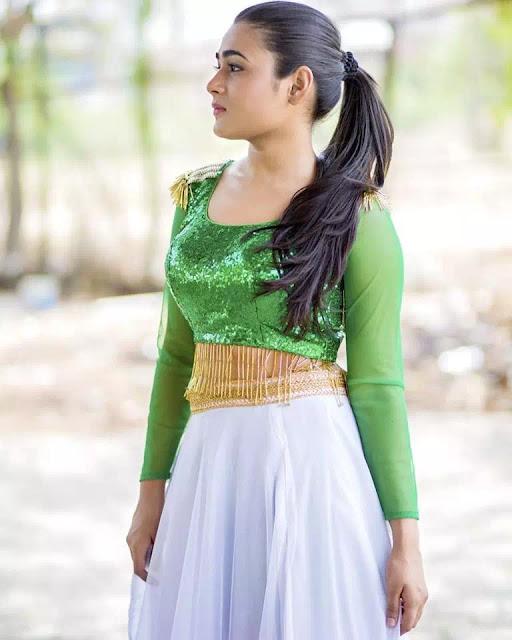 Shalini Pandey Ponytail Hairstyle