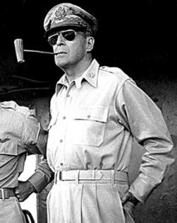 駐日盟軍總司令麥克阿瑟
