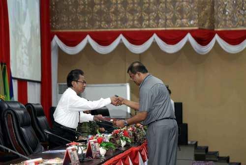 Dewan Sahkan Perda Perubahan Tatib DPRD Kepri 2014