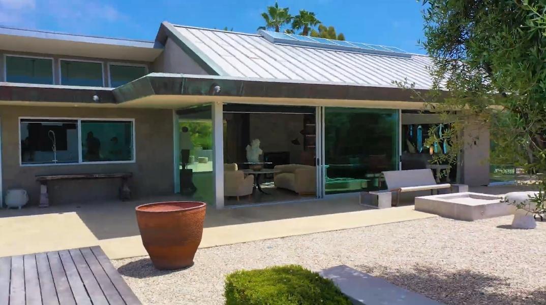 45 Photos vs. Tour 1179 Temple Hills Dr, Laguna Beach, CA Ultra Luxury Mansion