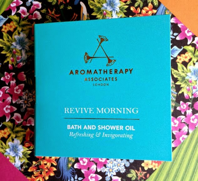 Birchbox May 2014 Harper's Bazaar Aromatherapy Associates Revive Morning Bath & Shower Oil