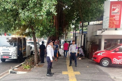 Setelah Viral, Dishub DKI Rutin Tertibkan Mobil Parkir di Trotoar Depan Kantor PSI