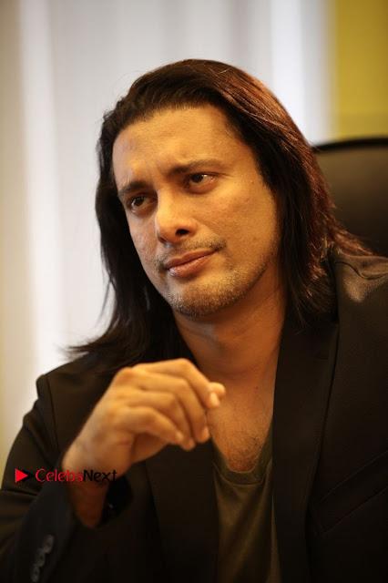 Vijay Sethupathi T Rajender Madonna Sebastian starring Kavan Movie Stills  0001.JPG