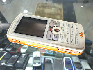 Hape Jadul Sony Ericsson W800 W800i Walkman Phone Mulus Normal