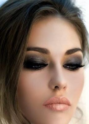 dumanlı göz makyajı nedir?, dumanlı göz makyajı nasıl yapılır ?, dumanlı göz makjayı için gerekli malzemeler nelerdir ? , buğulu göz makyajı nedir ? buğulu göz makyajı nasıl yapılır ? kahverengi göze dumanlı göz makyajı nasıl yapılır ?