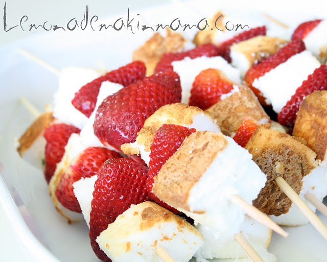Strawberry Shortcake Kabobs With Angel Food Cake